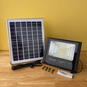 Bộ đèn Mặt trước Tấm Pin Đèn pha năng lượng mặt trời 65W solar Light