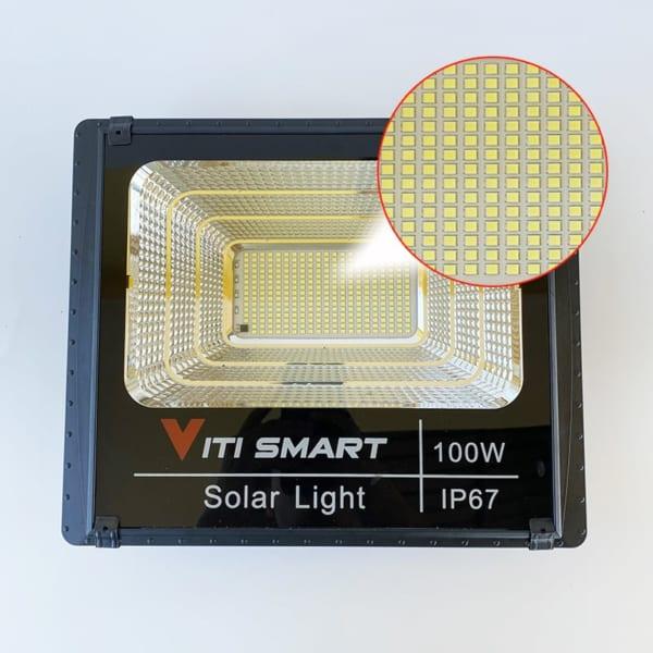 Chip Led Bộ Đèn pha năng lượng mặt trời 100W solar Light