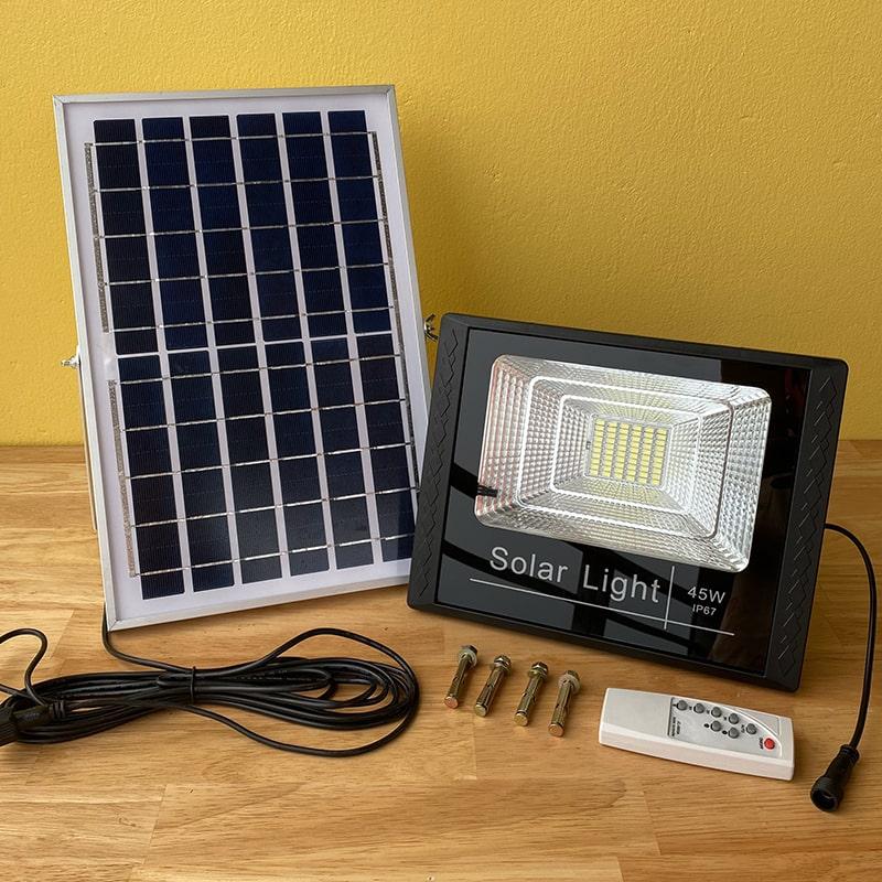 Đèn Pha Năng Lượng Mặt Trời 45W Solar Light - Giá Rẻ