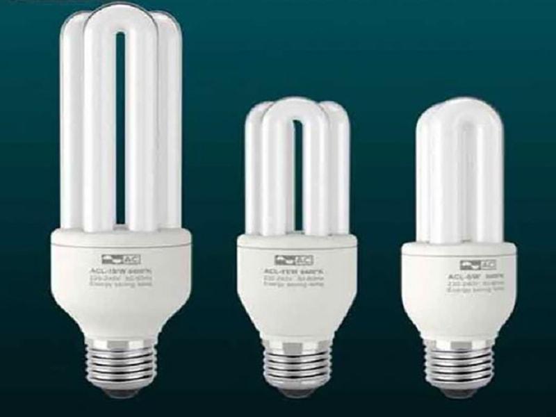 Sử dụng đèn compact để tiết kiệm điện