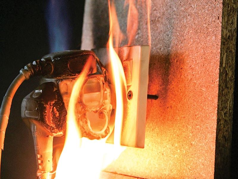 nguy cơ chập cháy điện trong giờ cao điểm