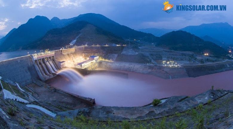 Ưu điểm và nhược điểm của năng lượng thủy điện