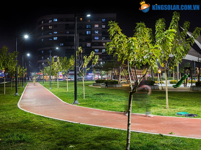 Công viên lắp đèn led năng lượng mặt trời