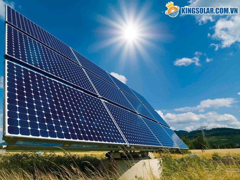 Điều chỉnh độ nghiêng của tấm pin năng lượng mặt trời