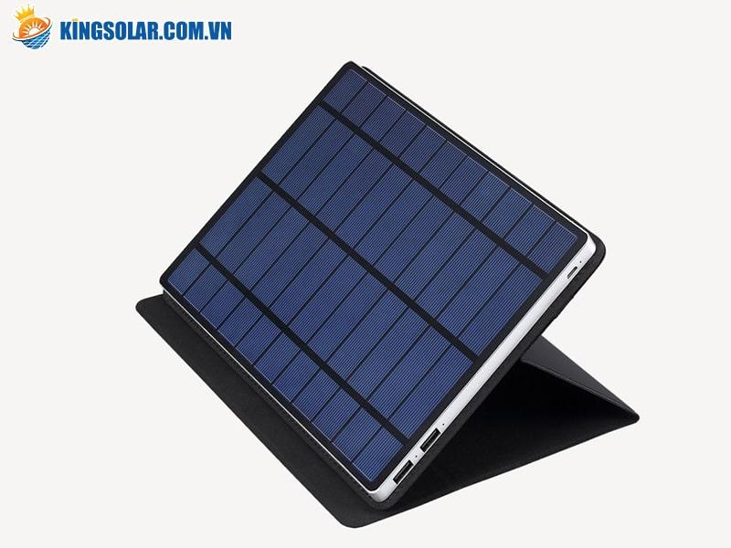 Sạc pin điện thoại sử dụng năng lượng mặt trời