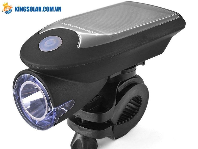 Sử dụng đèn pin xe đạp năng lượng mặt trời