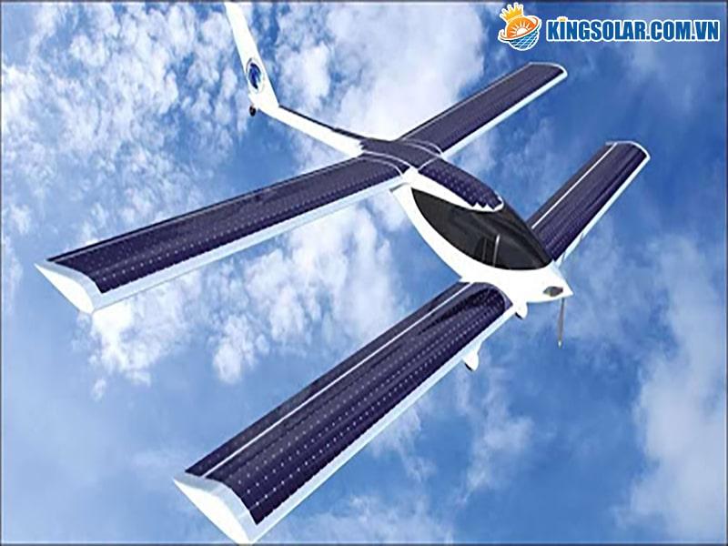 máy bay năng lượng mặt trời