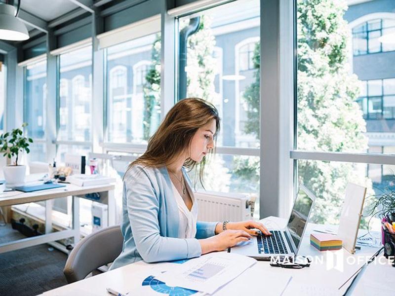 tăng cường sử dụng ánh sáng tự nhiên nơi làm việc và ở nhà