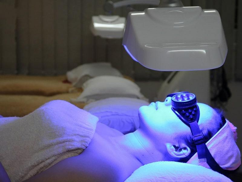 ứng dụng của đèn led giúp làm đẹp da