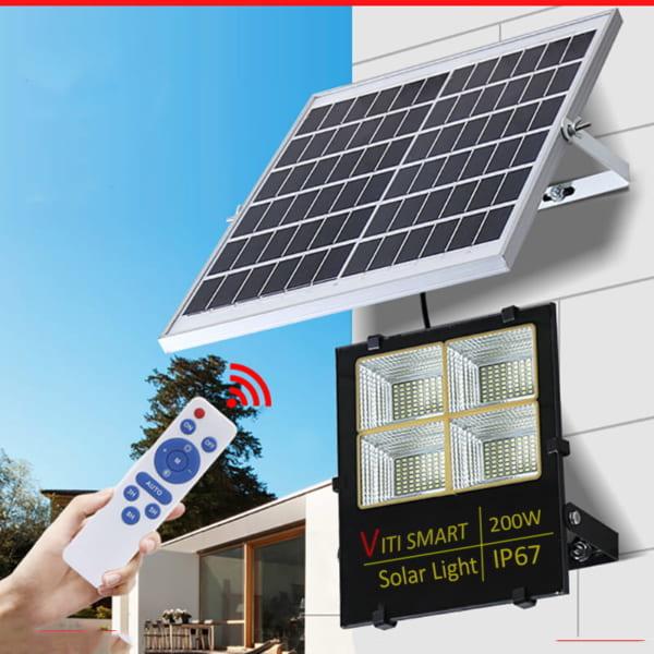 điều khiển từ xa tiện lợi đèn năng lượng mặt trời 200w