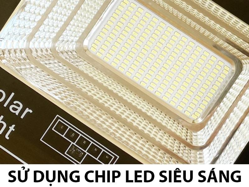 đèn pha năng lượng mặt trời sủ dụng chip led siêu sáng